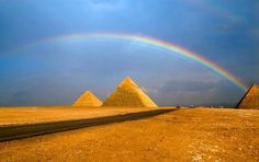 Rainbow over Pyramyd (700×439)