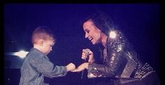 Demi Lovato Engaged? Watch a 5-Year-Old Kid Propose to Demi on Stage!