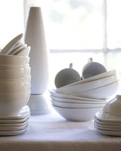 I've got an old thriftstore dinnerware set, but I'd like a cheap-o set of plain white plates and bowls. I think food looks beautiful against white.