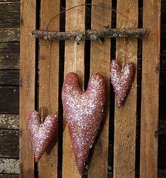 primitive valentine decor | primitive valentine hearts door hanger e-pattern from ...