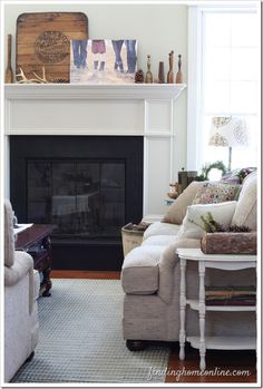 Simple Mantel Decorating Ideas  www.findinghomeonline.com #homedecor  #mantels  #decoratingideas