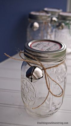 Cute Mason Jar gift with free printable - I plan to fill it with M&M's!