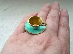 I wouldn't wear this but.. its still kindof cute -Tea cup ring