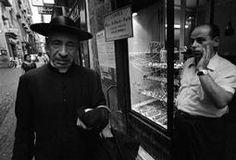 ITALY. Naples. 1964 - Bruno Barbey