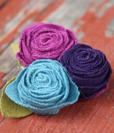 Flowers out of knit fabric.
