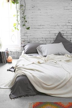 4040 Locust Waffled Bed Blanket