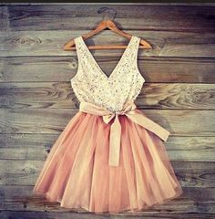 This is the cutest ballerina style dress ever!