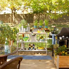Your ingredients can double as decor in an sunny kitchen space: http://www.bhg.com/kitchen/outdoor/outdoor-kitchens/?socsrc=bhgpin072114putingredientswithinreach&page=3