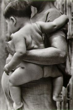 Mother and Child, 1929 by Tina Modotti