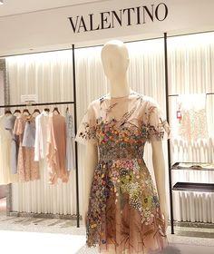 Valentino native couture 1975 print