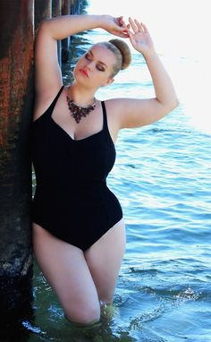 Viktoria Kubishko. /// Plus Size Fashion