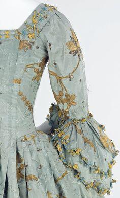 Detail of Robe à l'Anglaise (back), 1770–75, British, silk, metal (c) Metropolitan Museum of Art