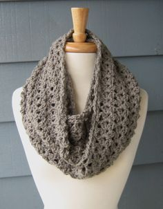 crochet beginner projects | CROCHET PATTERN / DIY Project / Shelley Infinity Scarf (Not the actual ...