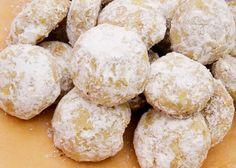Orange, Cardamom, and Pistachio Wedding Cakes #recipe #cookies