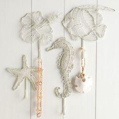 Wire Seahorse Hook | PBteen