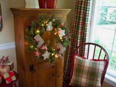 Valerie Parr Hill - gingerbread wreath