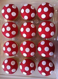 Polka dot cupcakes.