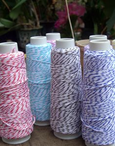 crochet baskets, baker twine, gift wrapping, save on crafts, craft supplies, colors, bakers, inexpensive crafts, simple gifts