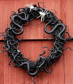 Halloween Snake Wreath #snake_wreath #wreath #halloween #decor #decoration #holiday