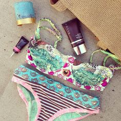 Inside Style Director Kerry Cole's Beach Bag