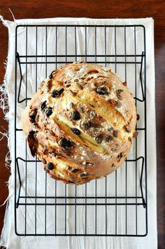 """7 Ingredient Muesli Bread: A simple, 7 Ingredient muesli bread studded with pumpkin seeds, almonds and raisins. Perfect for sandwiches, french toast, or toasted with butter and honey for breakfast."""