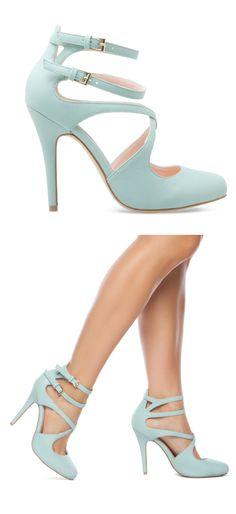Mint heels - super cute for a vintage style wedding fashion, cloth, color, mint strappi, pump, heels, shoe, vintage style, mint heel