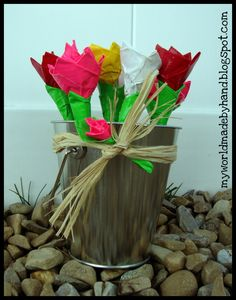 Duck Tape roses for tweens