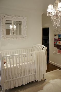 @Jenevieve Frick Frick Zoch this reminds me of Peters nursery! love it!