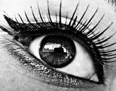 face, nail, eye makeup, cat eye, white