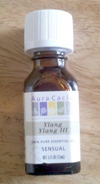 Ylang Ylang essential oil uses - promotes hair growth. Recipe for Natural Hair Conditioning Mask.