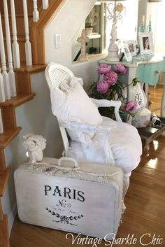 Vintage Sparkle Chic: Another shabby chair redo.....