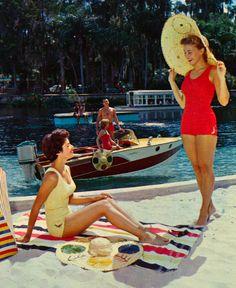 Beach Babes in Florida ♥ 1950's