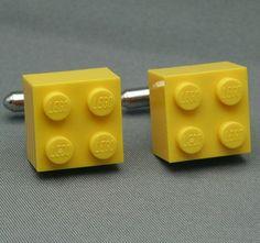www.weddbook.com everything about wedding ♥  Unique Groom Cufflinks |  Siradisi Damat Kol Dugmeleri #yellow #lego #cufflinks