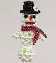Cute beaded snowman ornament! #simplycreativechristmas