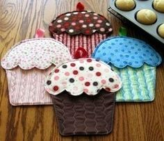 Cupcake Oven Mitt Potholder Pattern to Make DIY Sewing Suzy Shore - Home Decor Patterns