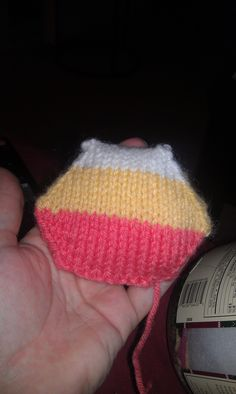 Hexi-puff I made. One of the 400+ I need to make for my bee-keeper quilt.