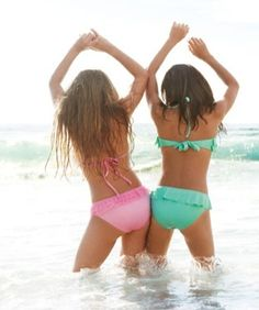 best friend photoshoot ideas friends, beach pics, summer beach, friend pictures, bff, at the beach, besti, beach pictures, bestfriend