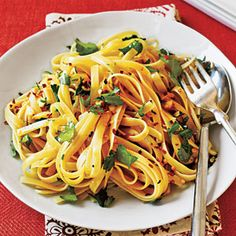 Fettuccine with Olive Oil, Garlic and Red Pepper (very light and yummy)