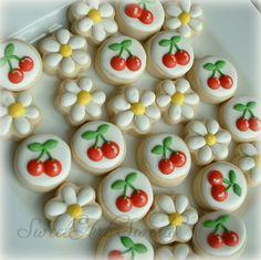 Daisy and cherry mini cookies - 2 dozen. $24.50, via Etsy. www.creatina10.com