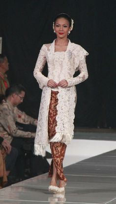 modern kebaya, design by marga alam, indonesia