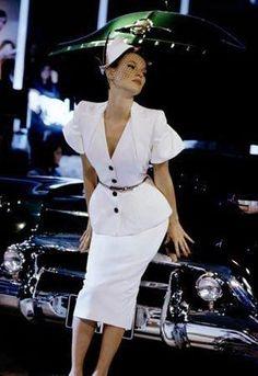 1995, 1990s fashionista, john galliano, style, white, 90s mode, theatric fashion, forev kate, kate moss