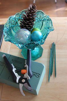 DIY: Holiday Floral Arrangements