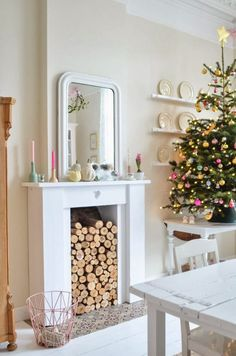 The Best DIY and Decor: Simple Christmas Decor