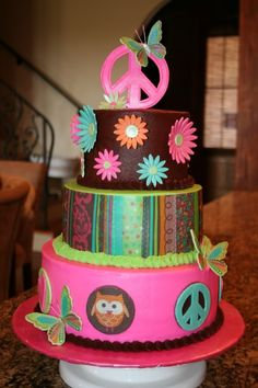 cute cake! I want this for my next birthday, everything I love - Peace sign, flowers, butterflies and an owl!