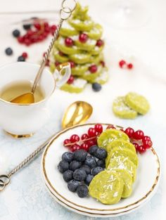 Raw Christmas Cookies