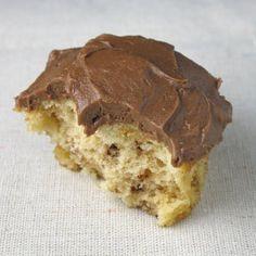 butterfinger cupcakes w/ choc ganache