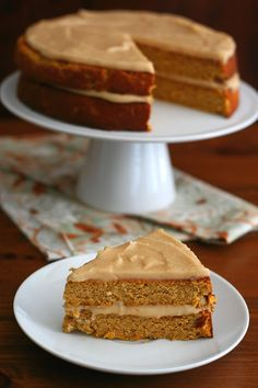 This delicious gluten-free pumpkin spice cake is layered with a sugar-free brown butter caramel glaze. A family favourite!