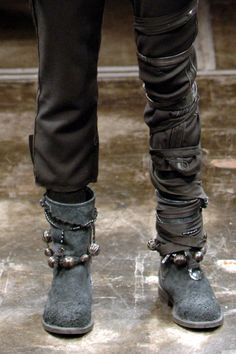 like the leg wrapping - UC AW07
