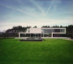 Atrial A Modern House Design