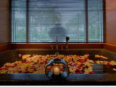 10 Relaxing Spas Across the U.S.